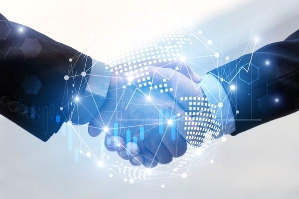 Microsoft Azure и Oracle Cloud объединяются. Против Amazon