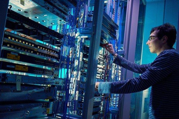 Cisco сделает сети умнее и безопаснее