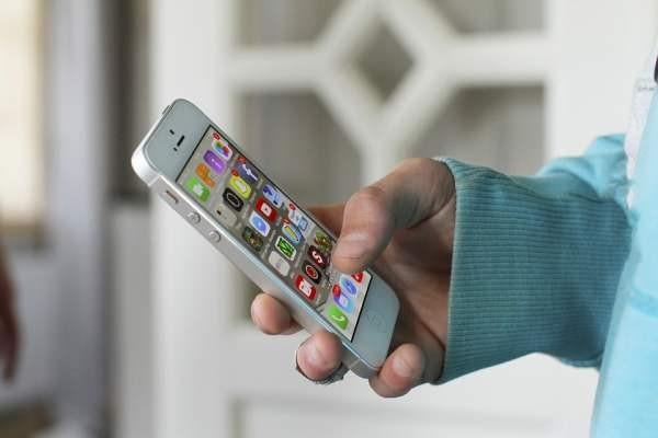 Минкомсвязь думает о предустановке российских приложений на смартфоны