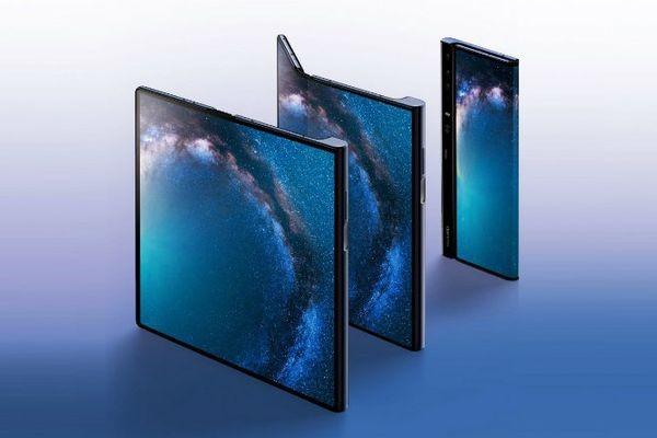 Смартфон Huawei Mate X со складным экраном не выйдет до ноября