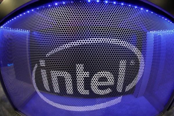 Intel представила специализированный процессор для задач искусственного интеллекта