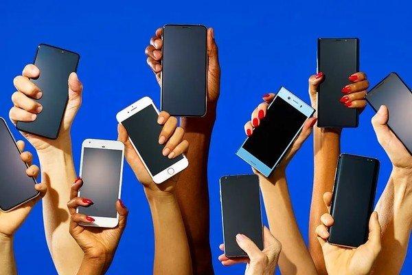 IDC: в 2020 году рынок смартфонов снова начнет расти