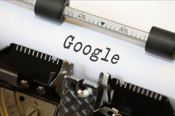 Во Франции Google оштрафовали на миллиард евро