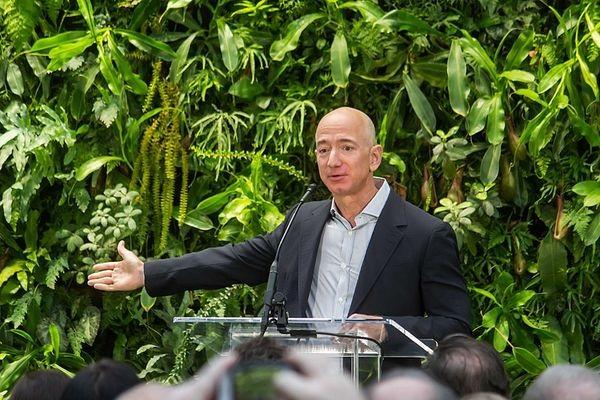 Amazon обещает добиться нулевого баланса выбросов углерода к 2040 году