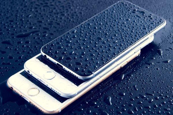 Конкурируя с Samsung, в Apple интересуются инновациями из Китая
