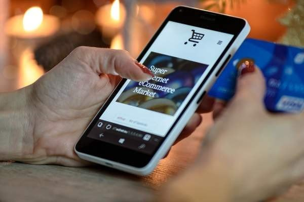 Самые продаваемые интернет-товары в России – планшеты и смартфоны