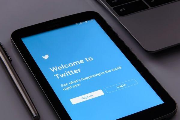 Скандал: Twitter использовал для рекламы данные, которые пользователи предоставляли ради безопасности