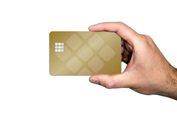 Банковские карты можно будет оформить в мессенджерах