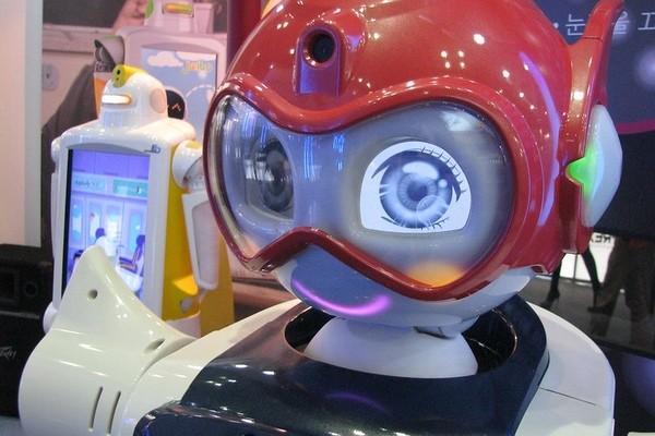 Исследование: роботов можно научить распознавать эмоции людей, не глядя на лица