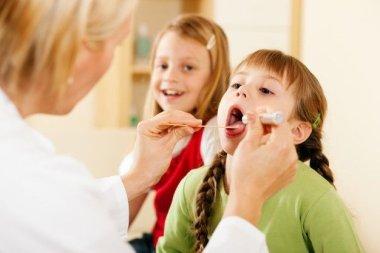 Применение метода передней эпифарингоскопии для диагностики аденоидов и аденоидита у детей