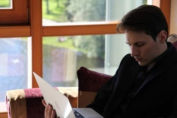 Павел Дуров: iCloud — «орудие слежки»
