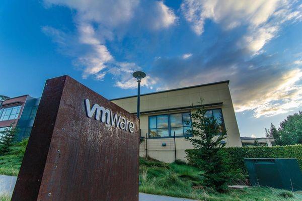 VMware приобретает разработчика средств управления сетями Nyansa