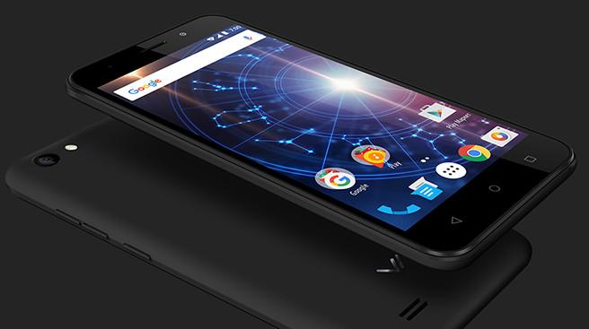 «Связной» распродает десятки смартфонов по полторы тысячи рублей