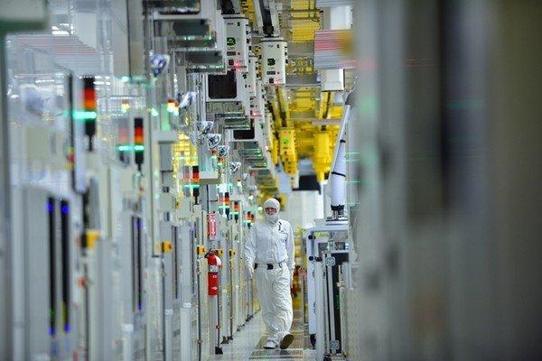 Власти США договариваются с производителями микросхем о строительстве заводов