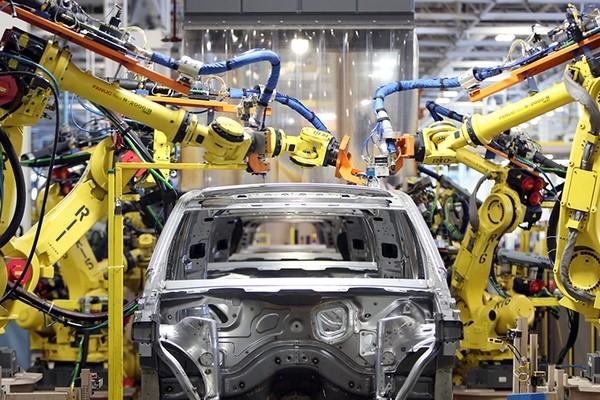Исследование: в США каждый новый промышленный робот лишает работы трех человек