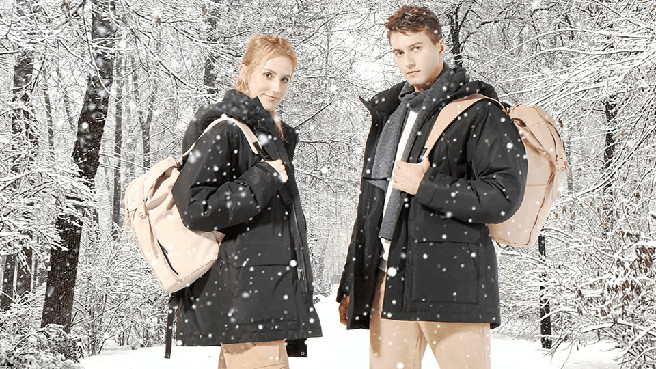 В РФ приехала зимняя куртка Xiaomi с обогревом. И сразу же упала в цене почти в два раза