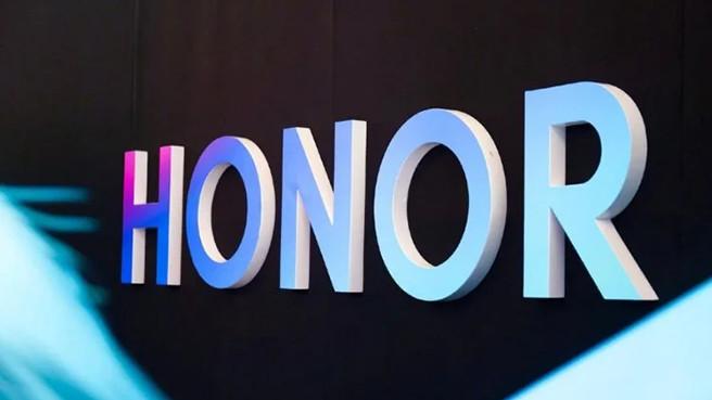Бренд Honor продали, и Huawei теперь не имеет к нему никакого отношения