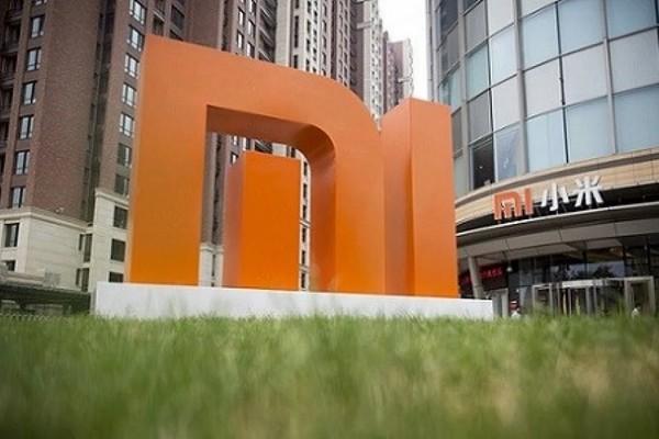 США временно сняли запрет на сотрудничество с Xiaomi