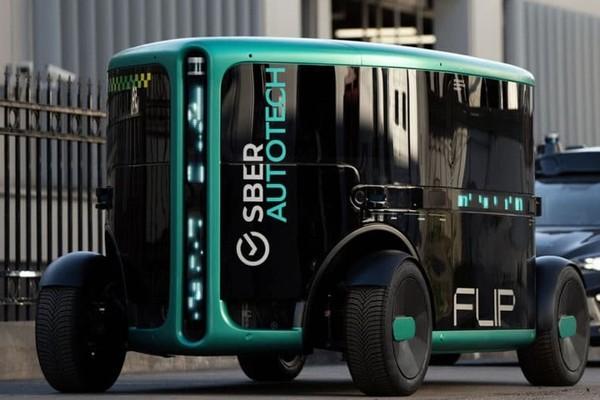 «Сбер» представил собственный прототип беспилотного электромобиля