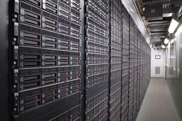 IDC: мировой рынок серверов в первом квартале вырос на 12%