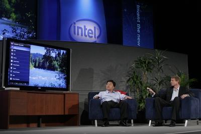 В августе на IDF в Сан-Франциско Intel и Yahoo совместно анонсировали Widget Channel, аппаратное обеспечение и программную платформу, предназначенную для объединения телевидения и Interne