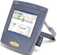 Рисунок 1. Несмотря на свой внушительный вес прочный переносной интегральный анализатор OptiView компании Fluke — чрезвычайно полезный для ежедневного использования прибор.