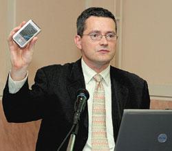 Вассили ле Муань: «Решения на платформе Windows Mobile гарантируют быстрое илегкое масштабирование информационноaй системы предприятия»