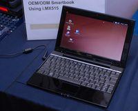 Одна из глобальных надежд Freescale – смартбуки. В ноябре в Москве был продемонстрирован прототип устройства с процессором Freescale, операционной системой Ubuntu Linux и графическим интерфейсом GNOME Desktop