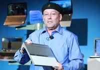 """Мули Иден, генеральный менеджер подразделения Intel Mobile Platforms Group: """"Рискну предположить, что уже к концу нынешнего года более 20% моделей ноутбуков, продаваемых в магазинах, будут относиться к категории ультратонких"""""""