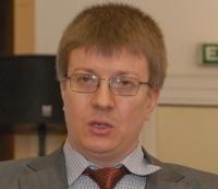 """Михаил Козлов: """"Когда в ЦОД заканчивается свободная площадь и ощущается нехватка электроэнергии, подумайте о виртуализации"""""""