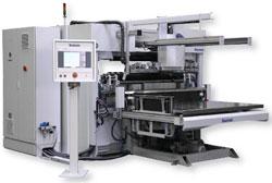 Полностью автоматизированная порезка: система 3-го поколения Baumann BASA с высокоскоростным резаком Wohlenberg Pro-Tec 137 и грейферной транспортировочной системой Baumann BFS 1