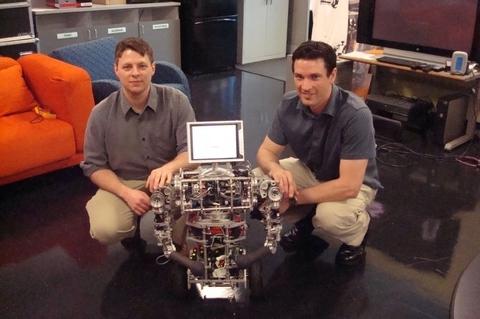 Выпускники Массачусетского университета в Амхерсте Патрик Диган и Брайан Тибоди использовали программное обеспечение Robotics Studio корпорации Microsoft для создания uBot-5. Используя смонитированный дисплей, можно видеть то же, что видит робот. Возможно, когда-нибудь это позволит врачам или близким пожилых горожан видеть своих родственников или пациентов, которые находятся у себя дома.