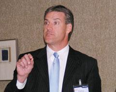 """Марк Питерсон: """"Наши основные цели -- конвергенция на базе IP и консолидация"""""""