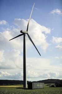 Рисунок 4. ЦОД Sun Blackbox с питанием от ветровой электростанции.