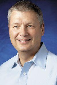 Брэд Андерсон: «И Dell, и Brocade связывают свое будущее с центрами обработки данных следующего поколения, построенными на основе открытых стандартов, центров, где широко используются средства виртуализации»