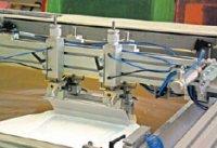 При оптимальном давлении ракеля, после его прохода на сетке не должно оставаться краски