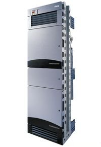Рисунок 1. Магистральные коммутаторы директорского класса (Core Director Switch) обеспечивают надежное функционирование ячеистых сетей.