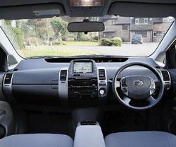 Корпорация Toyota вчисле прочих также использует платформу Windows Auto всвоих навигационных системах ителематических устройствах G-Book, которые устанавливаются вряде автомобилей. Изменится ли ситуация вданном направлении после того, как японский альянс разработает новую операционную систему, пока неясно
