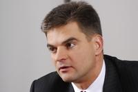 Сергей Бешев признает, что вопрос демилитаризации полосы частот 2,1 ГГц в Москве и области может решиться лишь в декабре 2008 года.