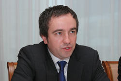 Как обещает Леонид Беляев, до конца текущего года Dell выйдет на третье место на российском рынке серверов