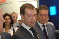 Дмитрий Медведев: «Выставки масштаба «Связь-Экспокомм» способствуют внедрению перспективных разработок в отечественную экономику»