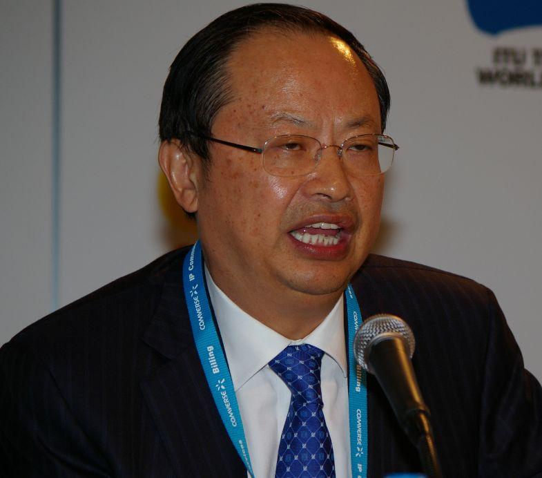 Ван Цзяньчжоу, председатель совета директоров China Mobile, заявил, что компания активно работает над внедрением технологии LTE