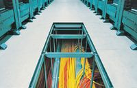 Рисунок 1. Требования к качеству компонентов кабельной системы для ЦОД намного жестче требований к кабельной системе офисного назначения вследствие необходимости обеспечения достаточной эксплуатационной надежности и поддержки высоких скоростей передачи данных.
