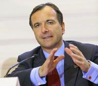 Еврокомиссар по вопросам юстиции и безопасности Франко Фраттини в сентябре прошлого года обратился к Internet-провайдерам с требованием блокировать доступ к сайтам, содержащим информацию об изготовлении бомб