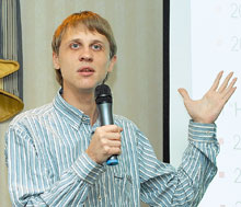 По словам Александра Гостева, вирусы все активнее борются сантивирусами; уже сейчас некоторые из них для нахождения идеактивации антивирусных программ пользуются сигнатурными методами