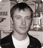 «В данный момент мы не видим необходимости перехода на Windows 7, нас пока устраивает Windows XP», Сергей Щербаков, начальник ИТ торгового дома «Новэра»