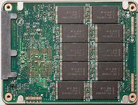 Intel — один из ведущих игроков рынка микросхем флэш-памяти NAND и твердотельных накопителей на их основе