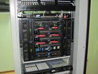 Коммутатор Cirpack выполнен в виде модулей на базе серверного шасси BladeCenter T компании IBM