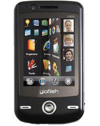 Смартфон V900 не только снабжен сенсорными экранами и готов к работе в сетях третьего поколения, но и способен показывать передачи мобильного телевидения