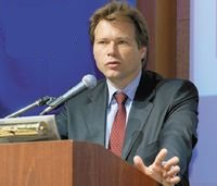 По словам Евгения Туткевича, анализ поведения клиентов вбанке «Русский Стандарт» носит всеобъемлющий характер